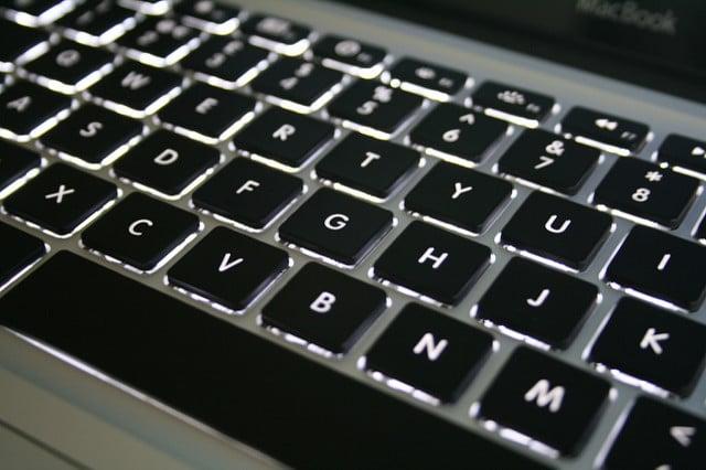 apple-aluminum-macBook