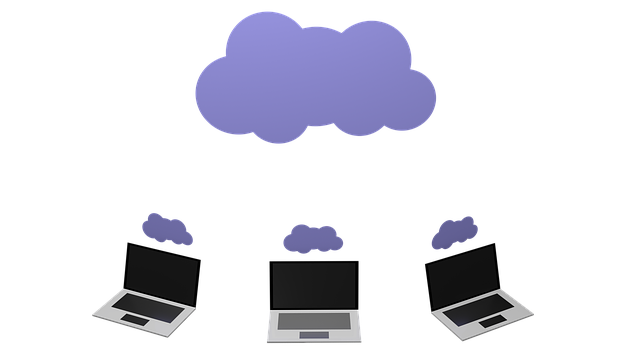 cloud-computing-lap-tops-sky