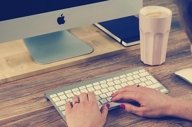 keyboard-typing-computer-computing