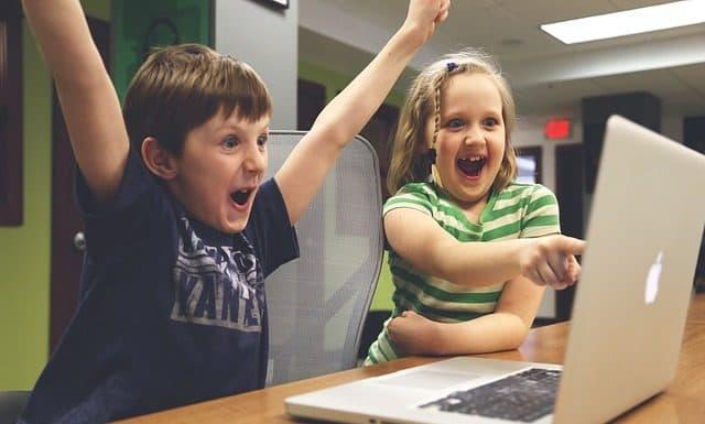 children-win-success-video-game