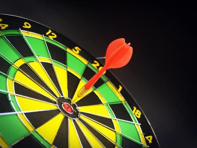 darts-dartboard-target-accuracy